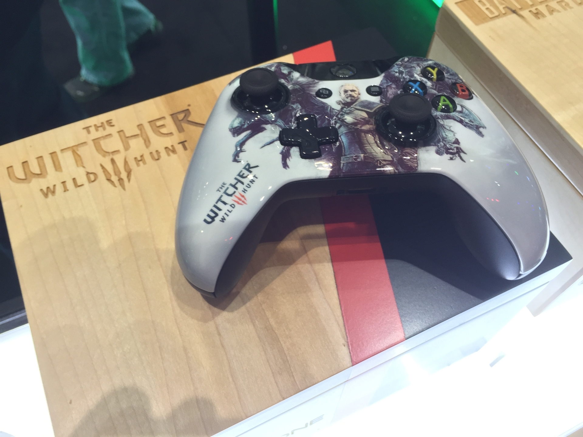 Tematické gamepady Xbox One 106881