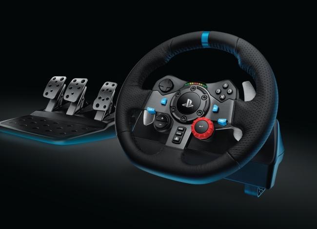 Logitech představil dva nové závodní volanty 109947