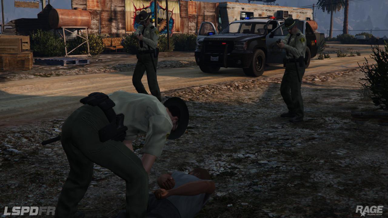 Staňte se policistou v novém modu pro GTA V 110717