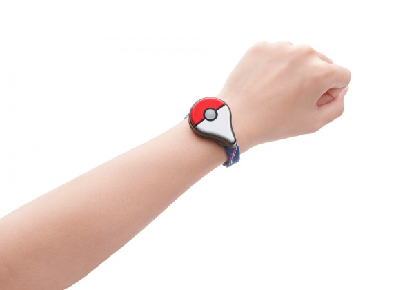 Náramek Pokémon GO Plus odložen na září 127712