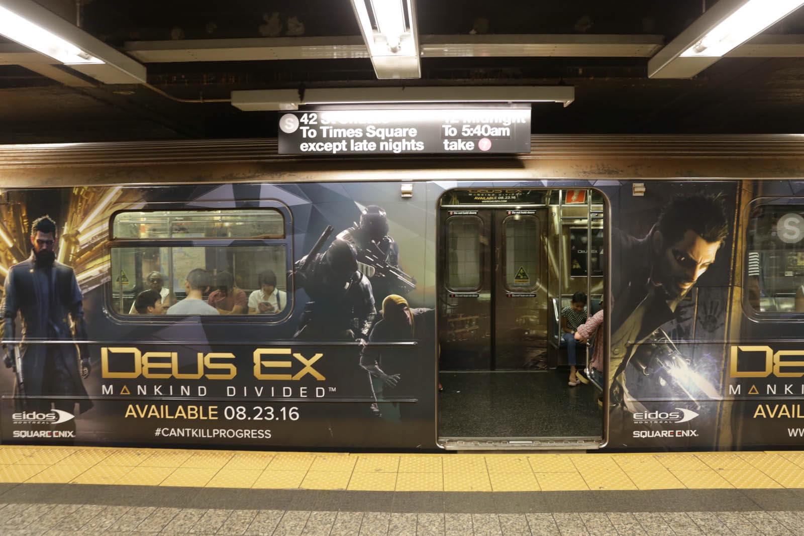 New Yorkem se prohání vlak metra s motivy Deus Ex: Mankind Divided 128574