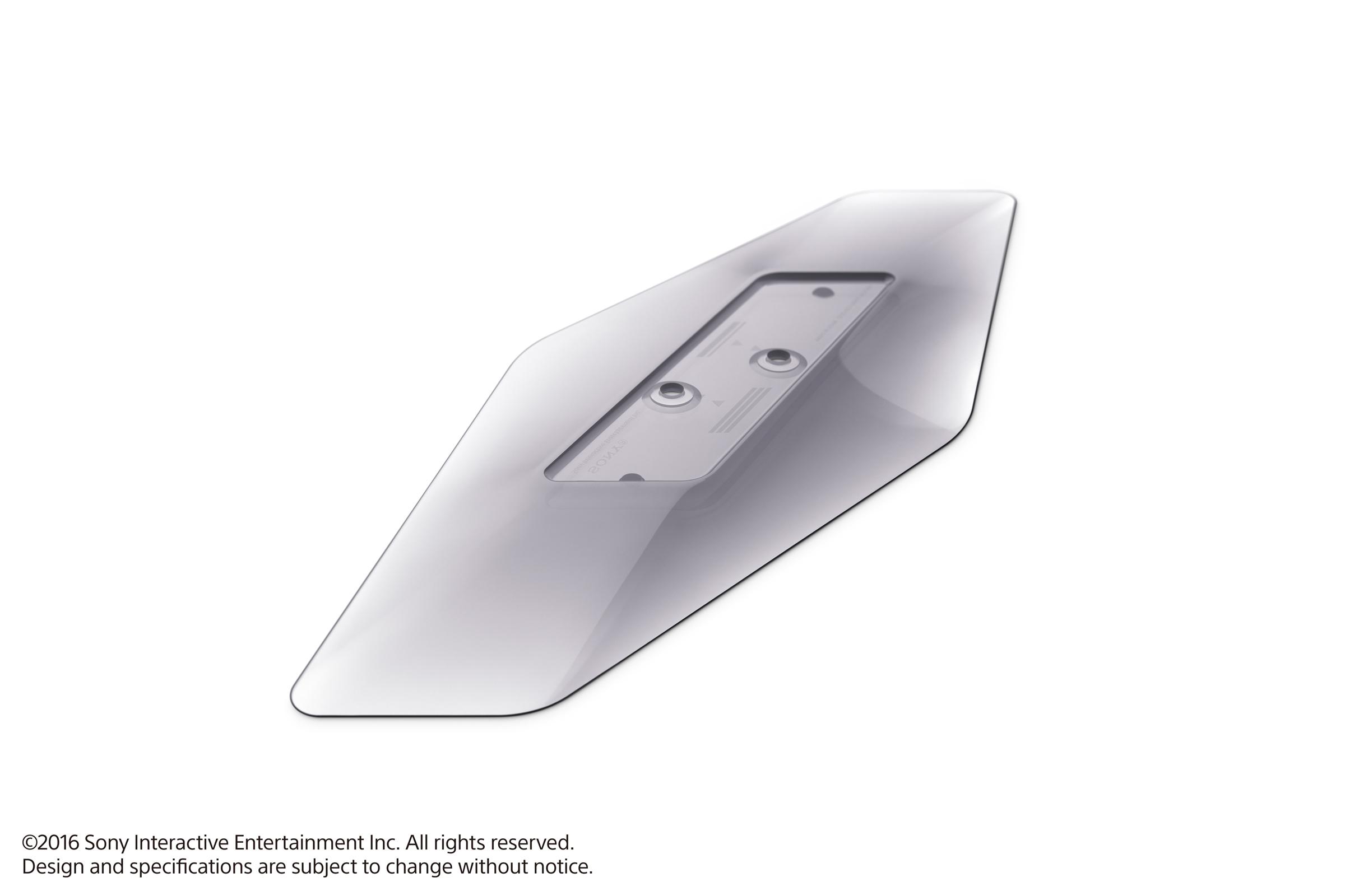 Nový DualShock 4, vertikální stojan nebo platinová sluchátka 130448