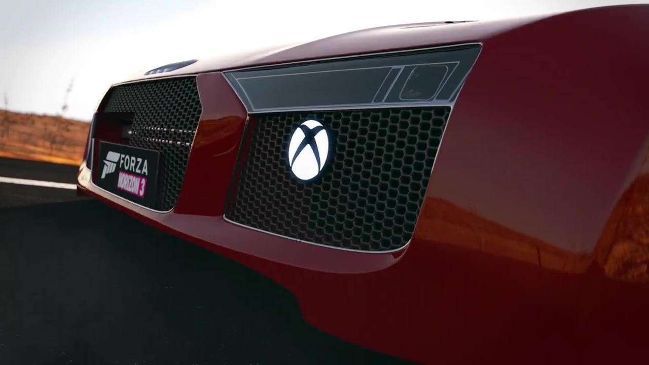 Speciální Xbox One S jako přední část vozu Audi R8 131279