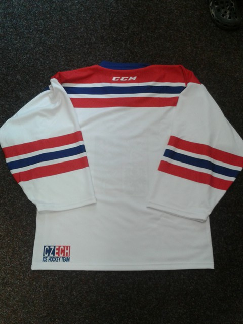Vyhrajte podepsaný dres Dominikem Haškem nebo NHL 18 149717