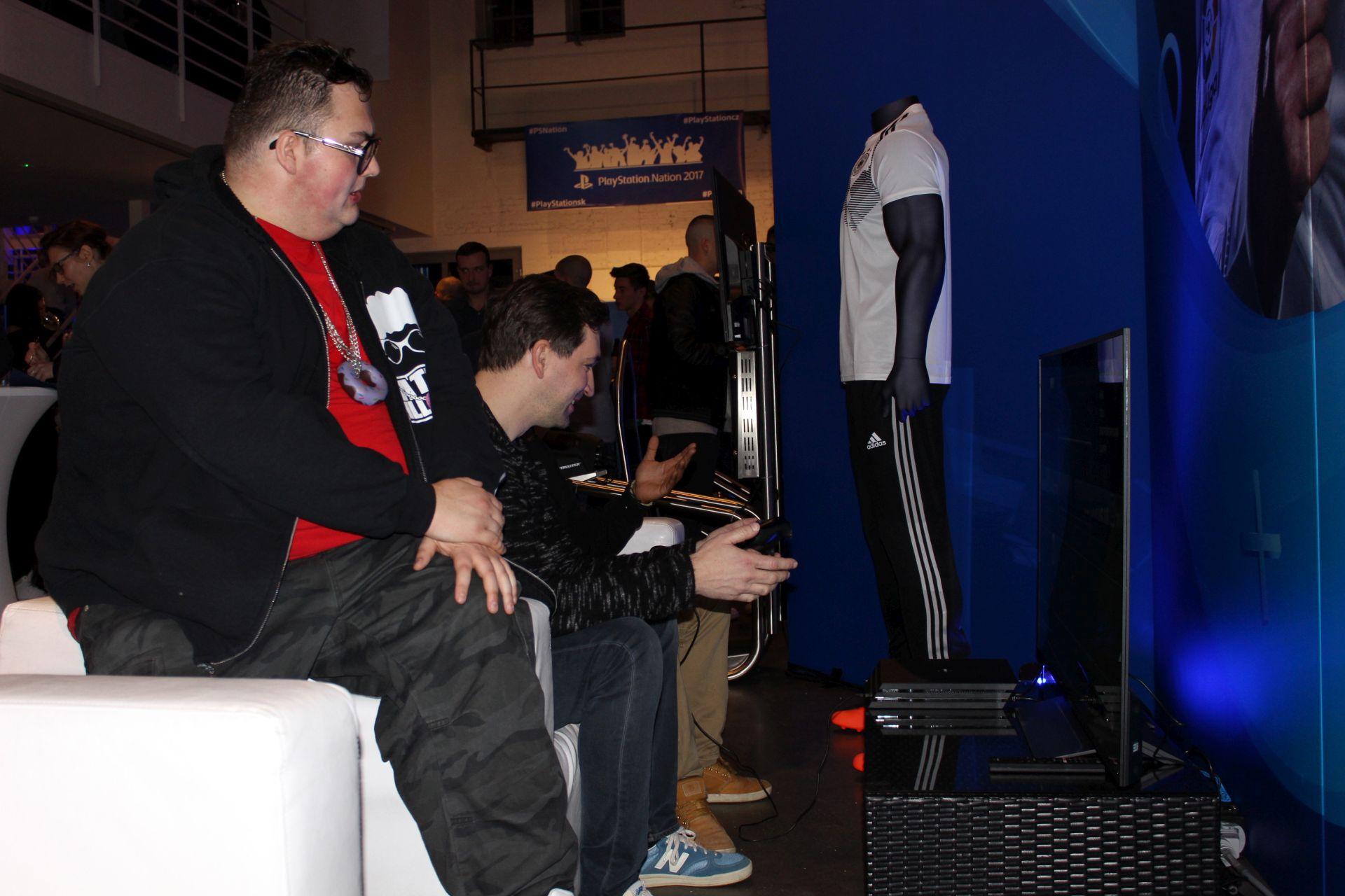 Vyzkoušeli jsme, co si zahrajete na PlayStation Nation 152784