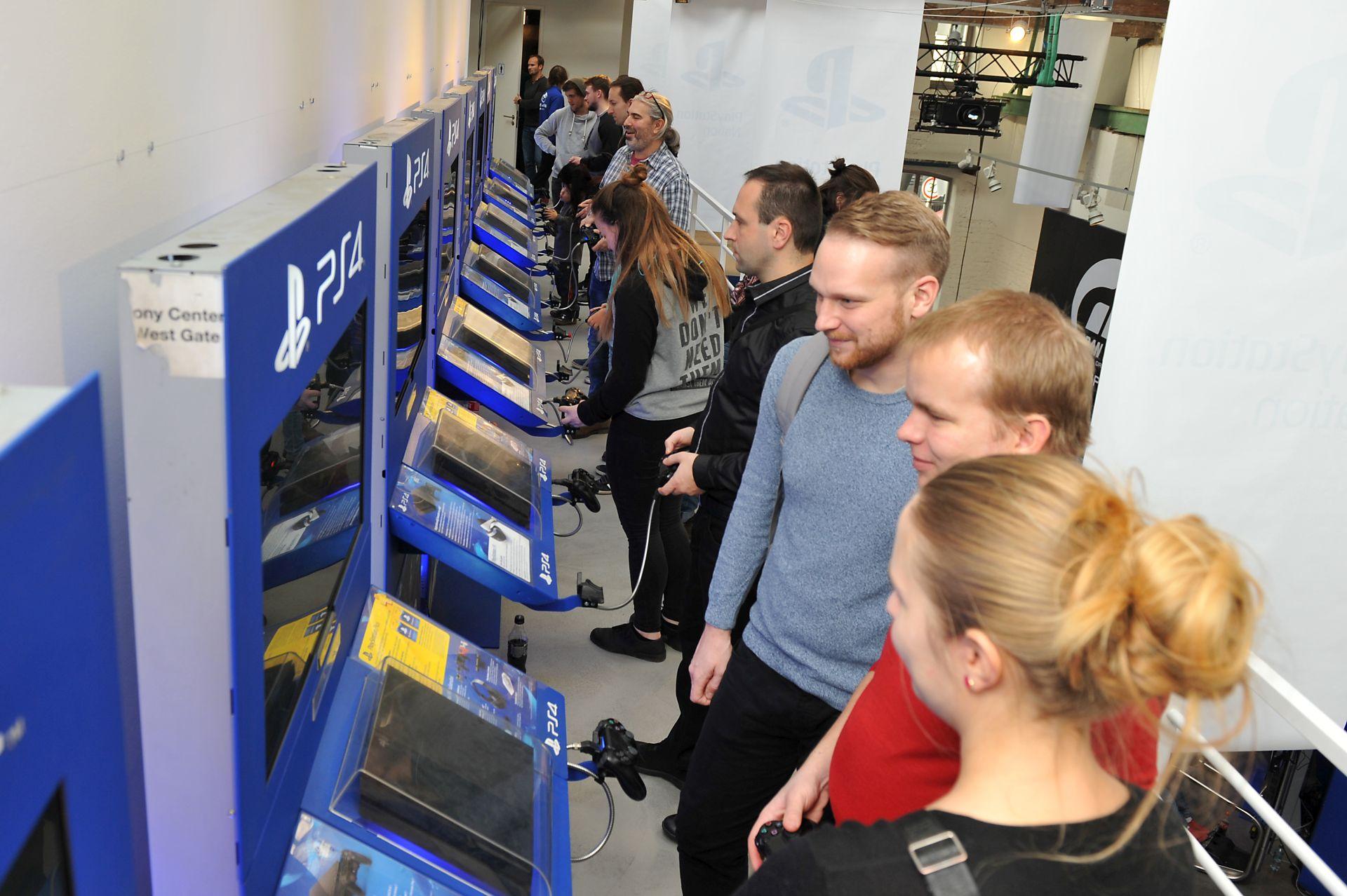 Český PlayStation Nation navštívilo přes 2000 lidí 153109