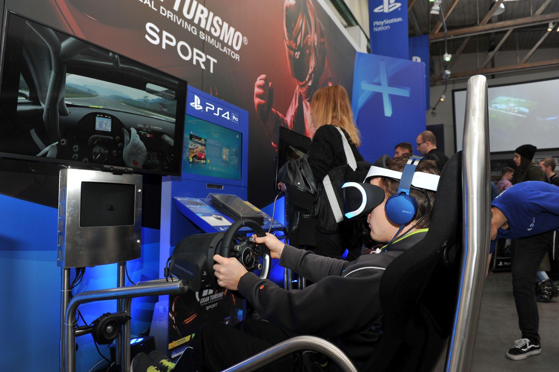 Český PlayStation Nation navštívilo přes 2000 lidí 153110