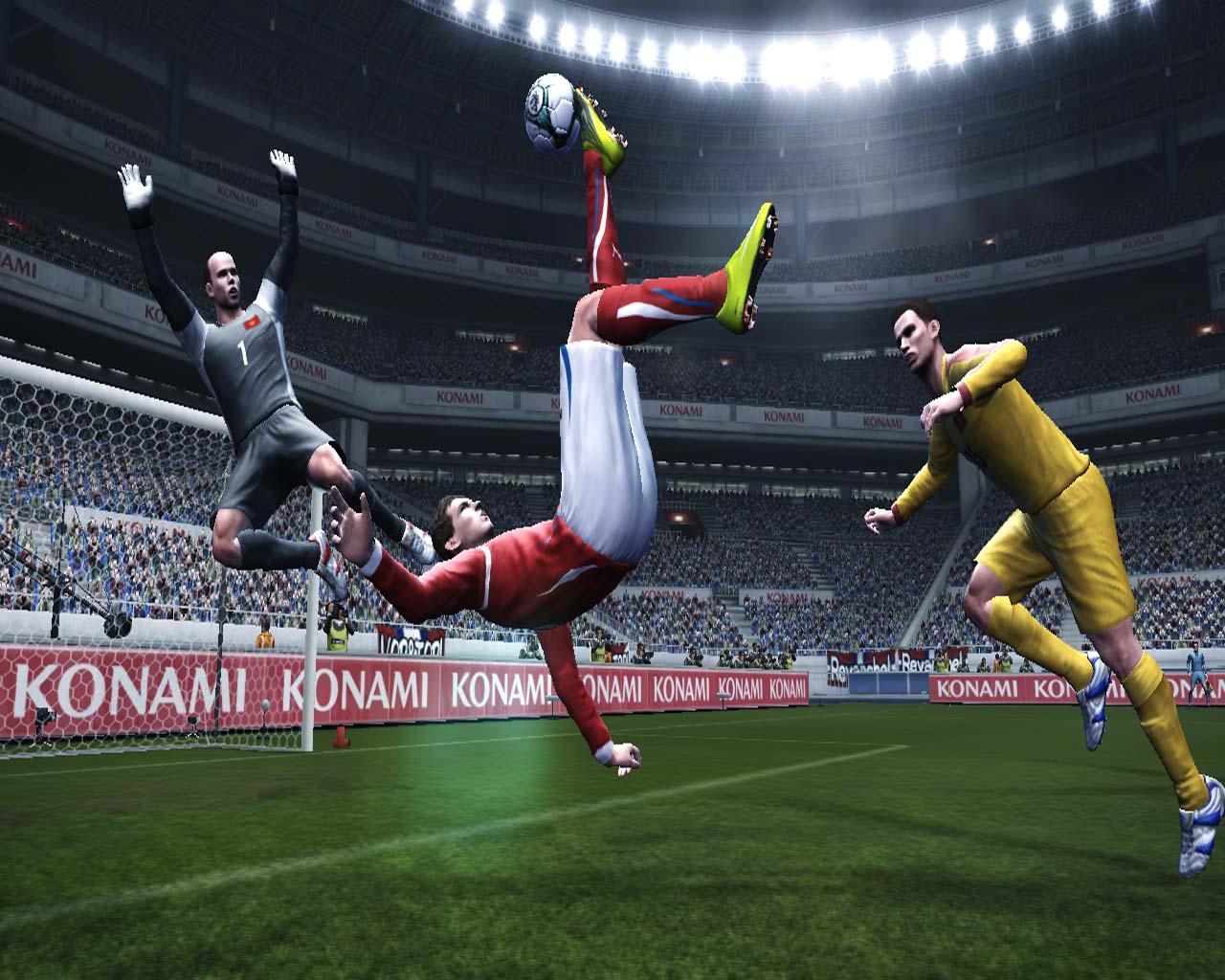 Pro Evolution Soccer 2011 - král je mrtev? 23550