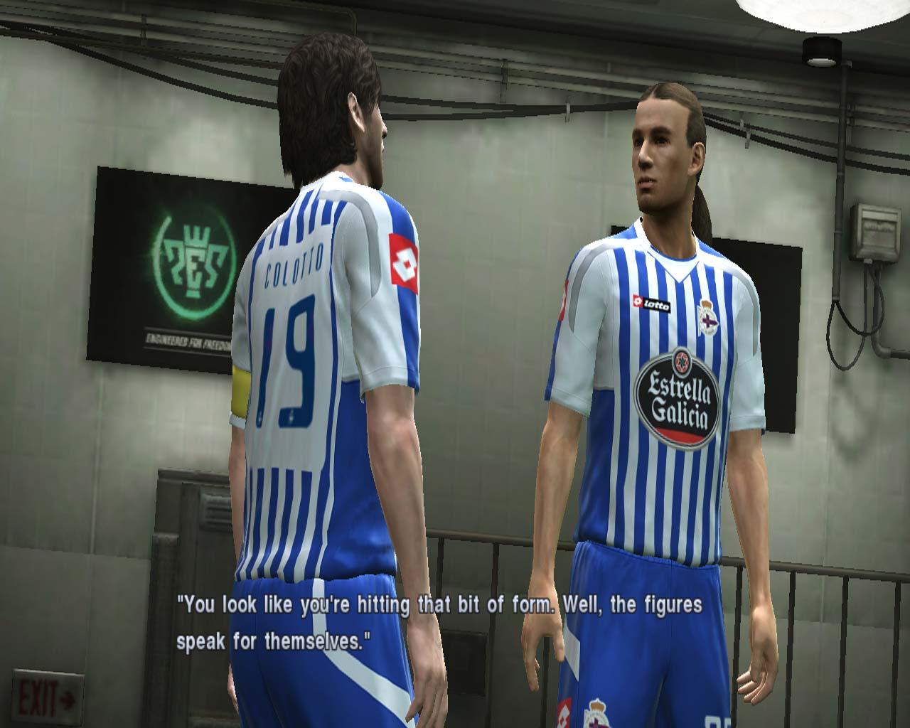 Pro Evolution Soccer 2011 - král je mrtev? 23555