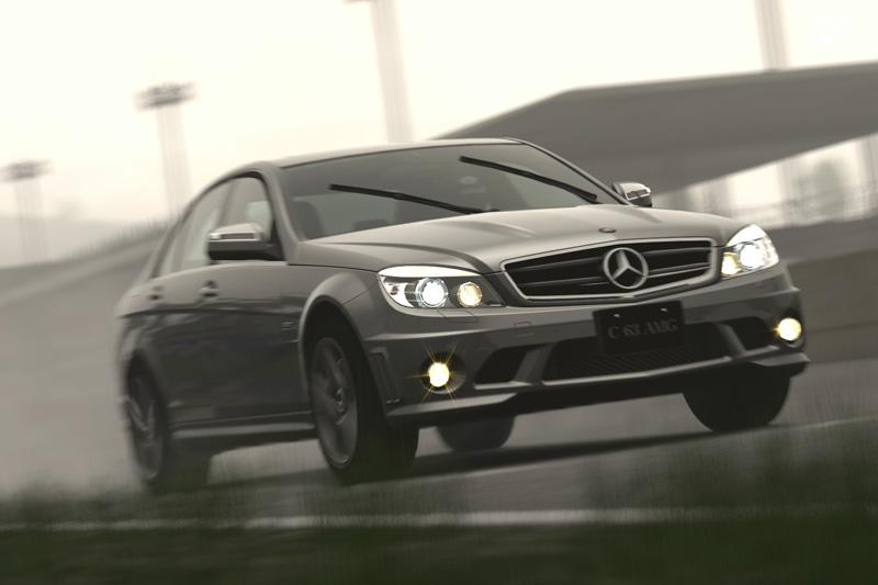 Gran Turismo 5 - král se vrací na výsluní? 24182