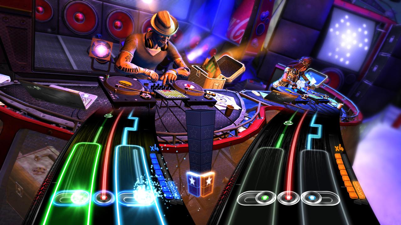 Superstar DJ Tiesto v DJ Hero 2 3797