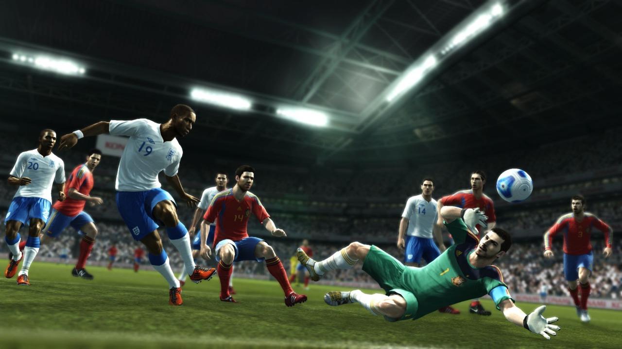 FIFA 12 a PES 2012 v nabušených galeriích 42547