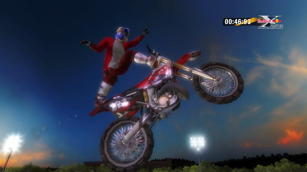 Konami kutí motokrosové závody 43329