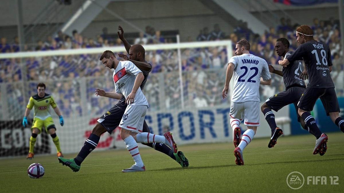 FIFA 12 – zpátky na trávník 49843