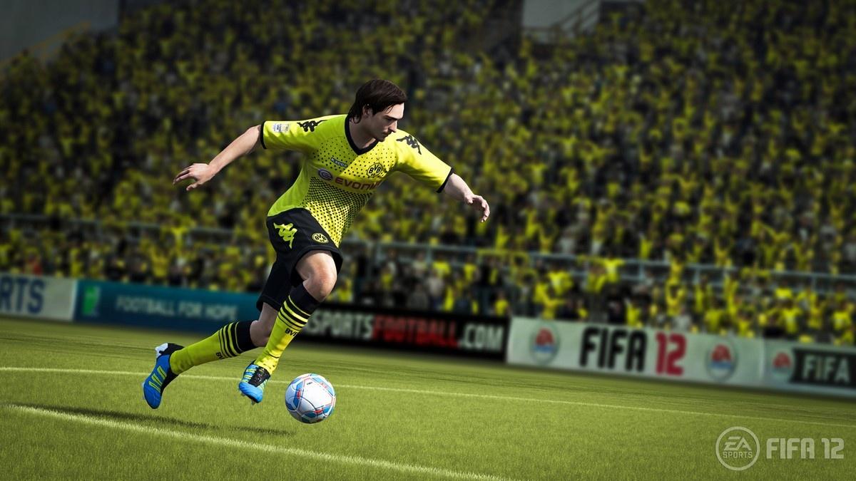 FIFA 12 – zpátky na trávník 49846