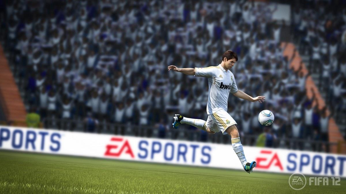 FIFA 12 – zpátky na trávník 49847