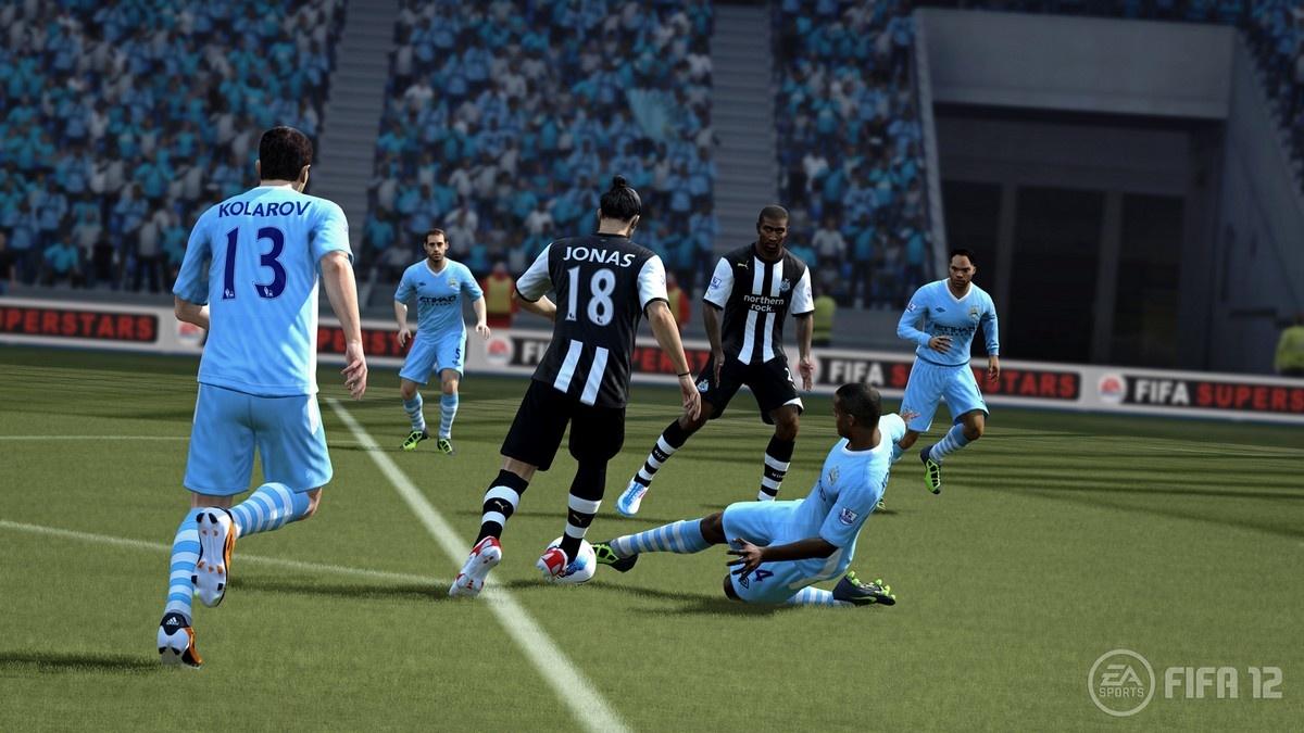 FIFA 12 – zpátky na trávník 49848