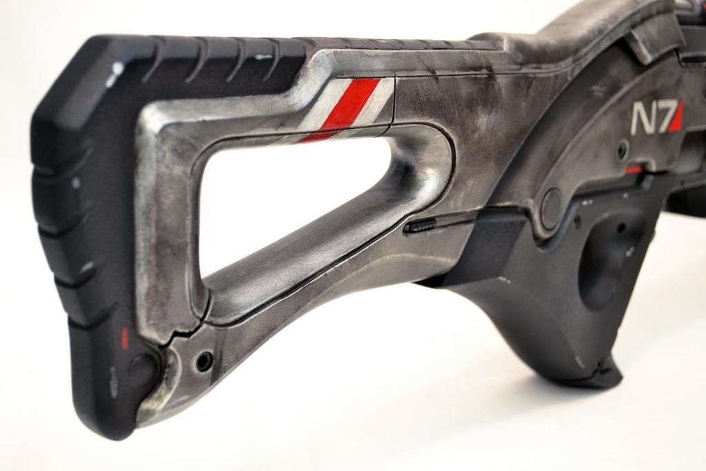 Pulzní puška N7 z Mass Effect 3 naživo 57104