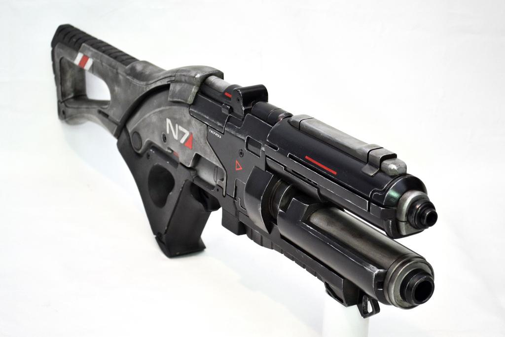 Pulzní puška N7 z Mass Effect 3 naživo 57106