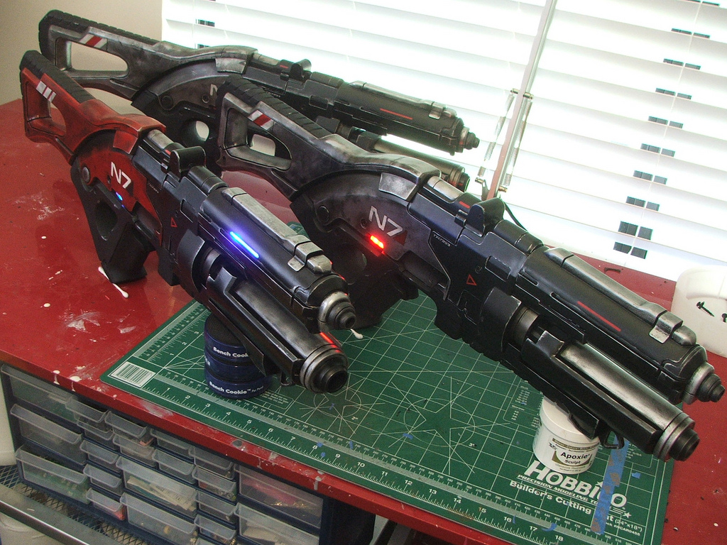 Pulzní puška N7 z Mass Effect 3 naživo 57109