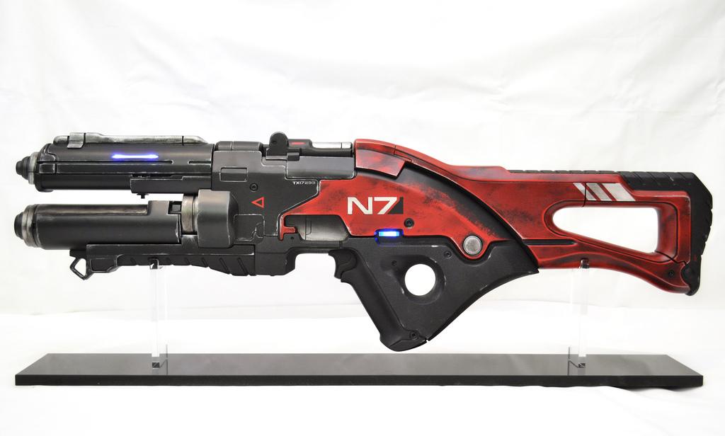 Pulzní puška N7 z Mass Effect 3 naživo 57110