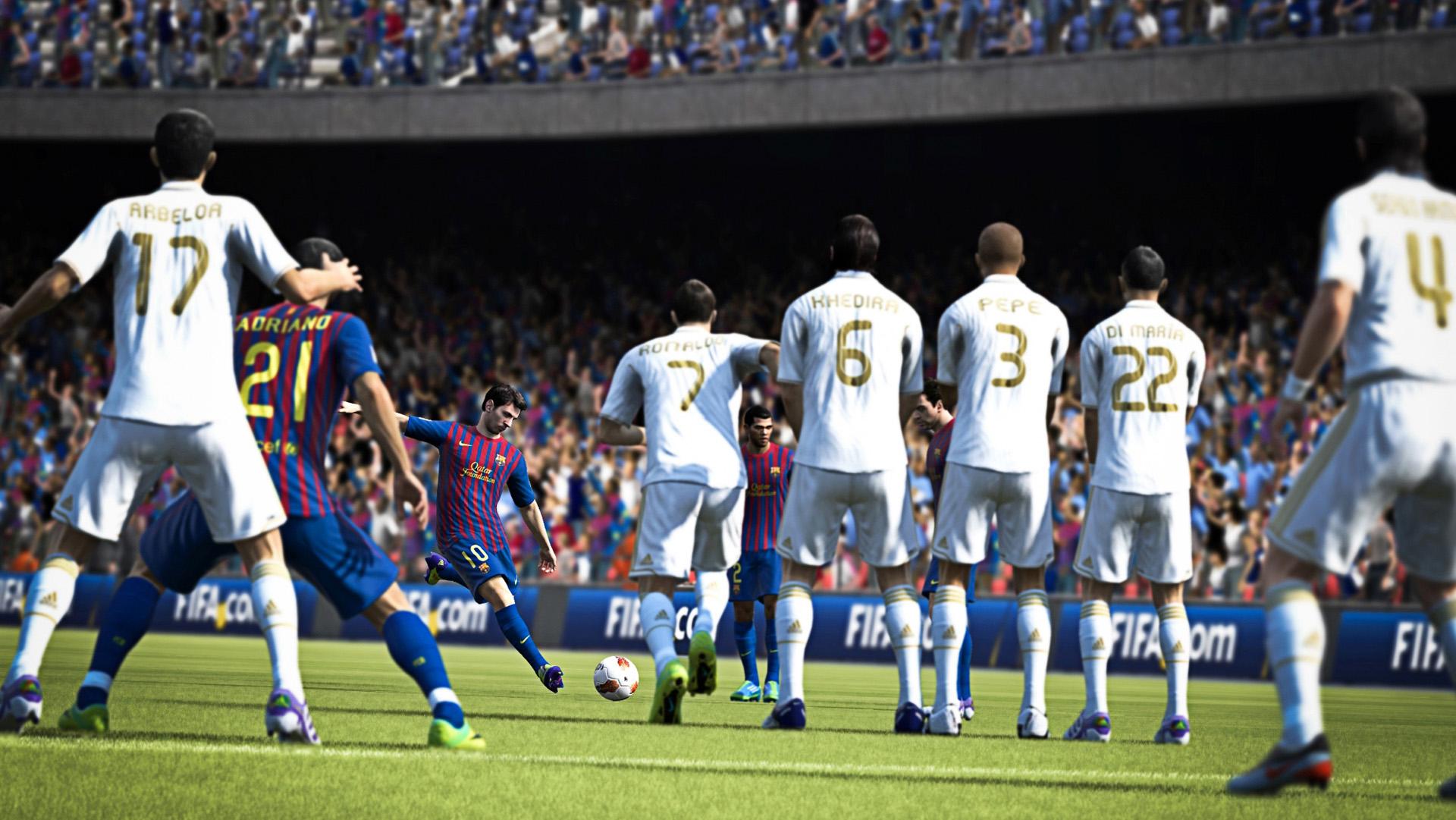 FIFA 13 zase o krok blíže k realitě 64889