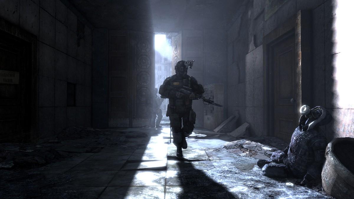 Metro 2033 – s baterkou v tunelech 823