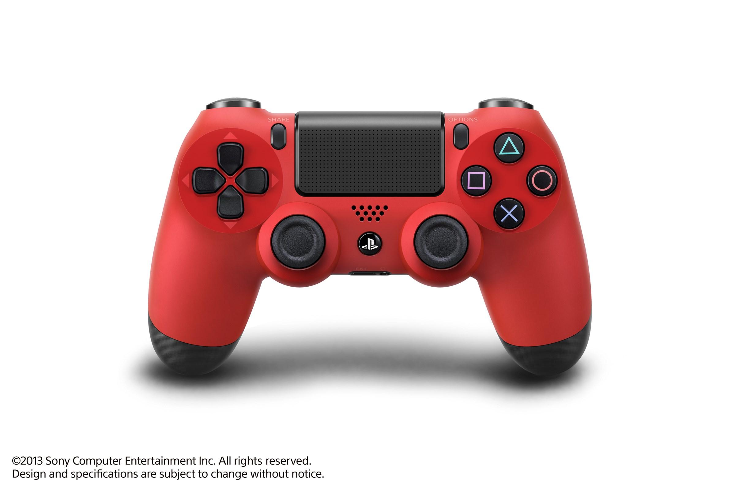 Modrá a červená varianta DualShocku 4 86418