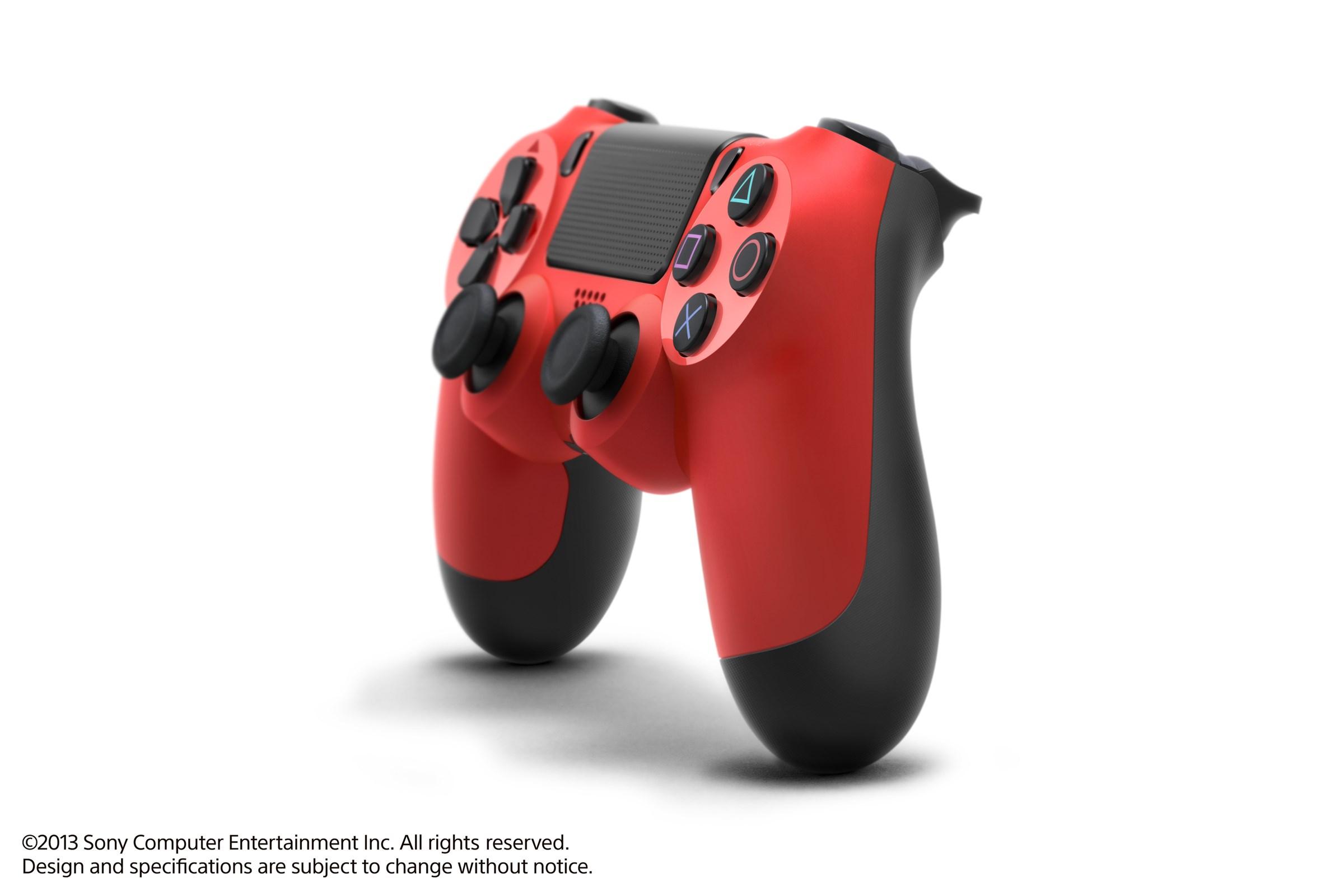 Modrá a červená varianta DualShocku 4 86422