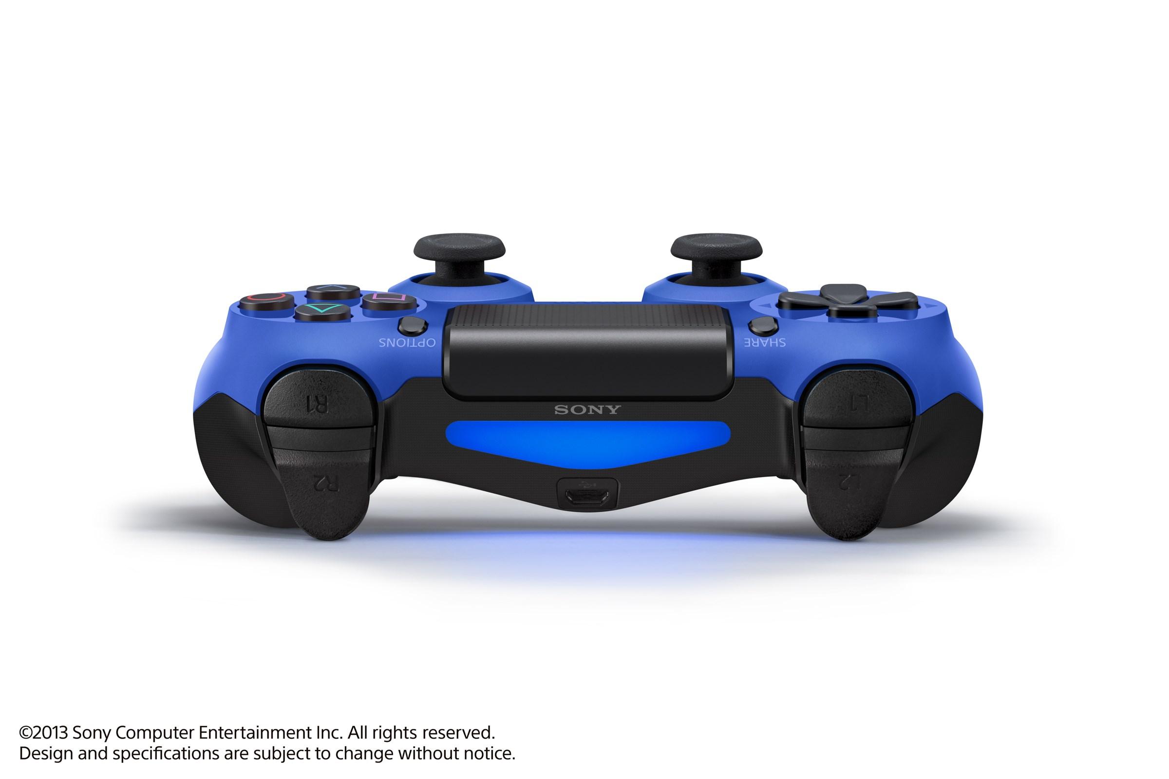 Modrá a červená varianta DualShocku 4 86425