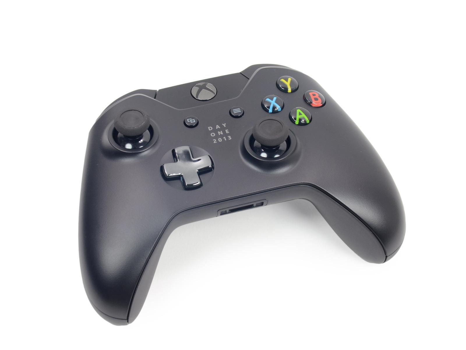 Fotografie rozebrané konzole Xbox One 90258