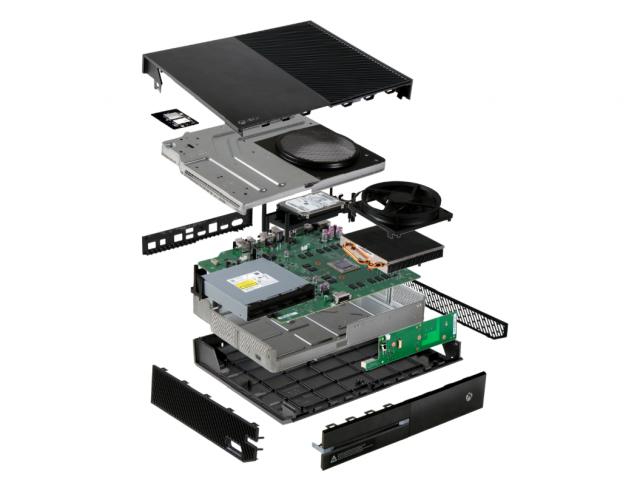 Výroba konzole Xbox One je zhruba o 90 dolarů dražší než u PS4 90418