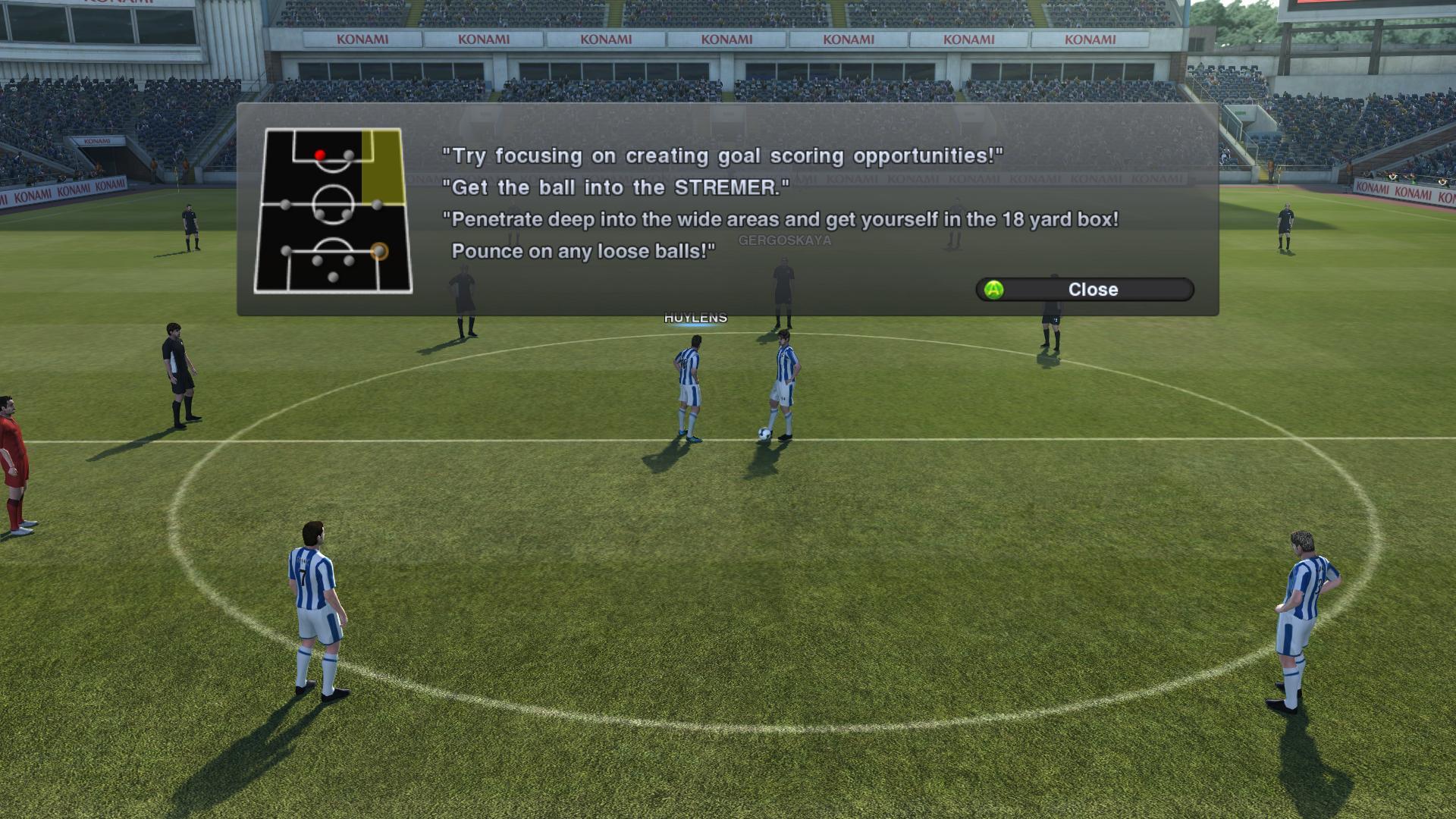 Pro Evolution Soccer 2011 - král je mrtev? 9317