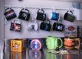 Velký výprodej zimních herních předmětů hrnky