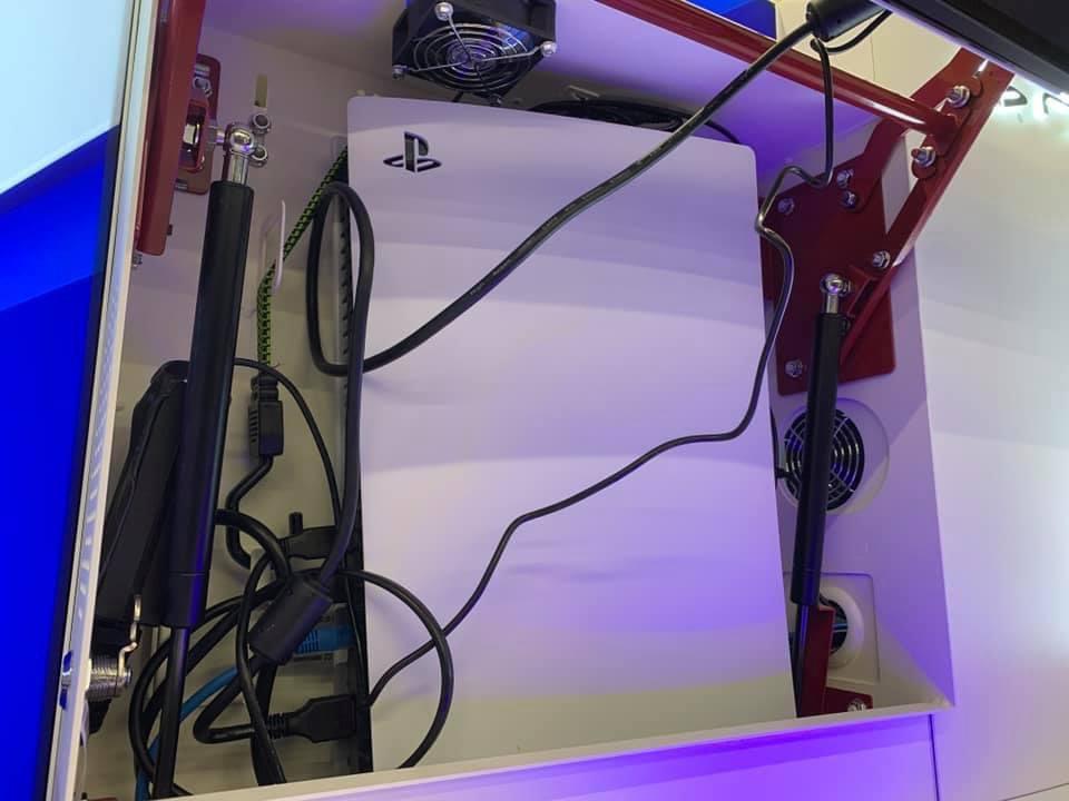 Nešťastně vystavené PS5 v obchodech se přehřívají ps5noair1