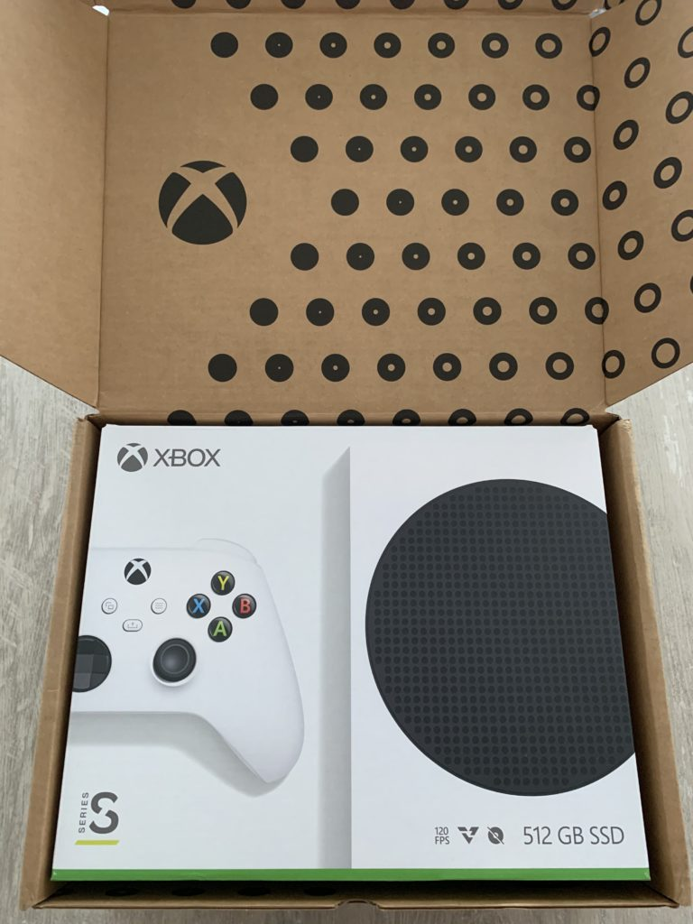 Otvíráme krabici s Xbox Series S